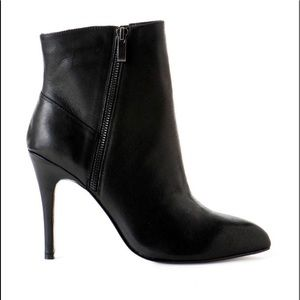 CAYLIN ANKLE BOOTIE